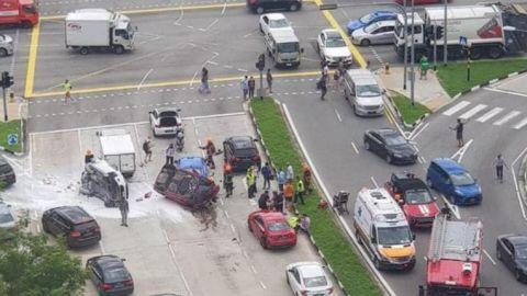 Wanita cedera dalam kemalangan libatkan 7 kenderaan di Pasir Ris, Berita Setempat
